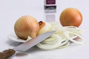 la cebolla es un buen remedio contra la alergia