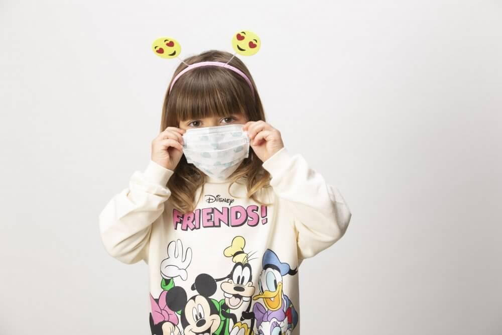 mascarilla para niñas bonita